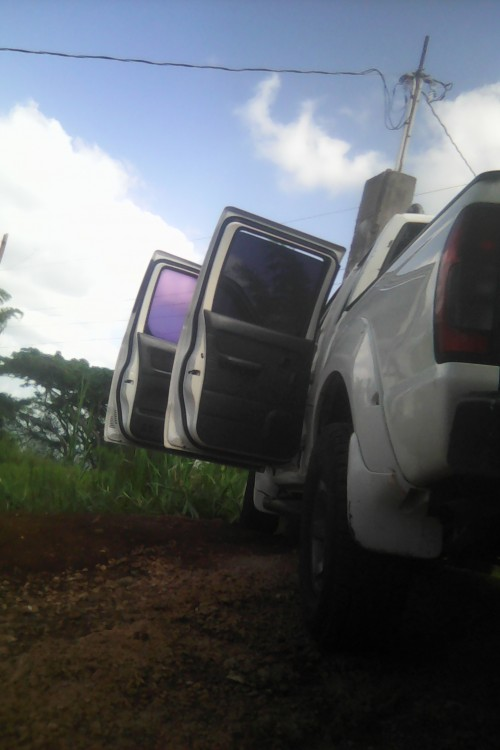 Nissan Frontier 2003 And 5x16 Trailer