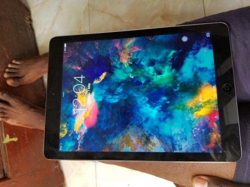 First Generation IPad Air For 20k Negotiable