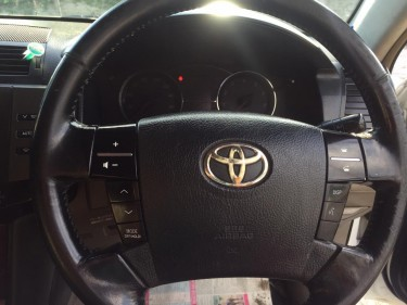 2009 Toyota Mark X