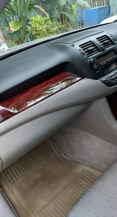 2012 Toyota Crown Royal Saloon