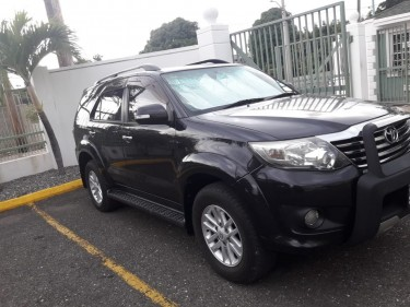 2013 Toyota Fortuner – 3,000,000 Negotiable