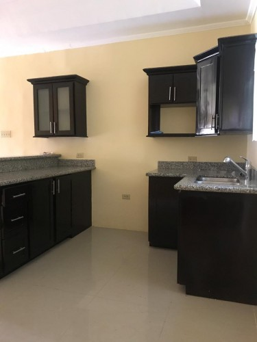 2 Bedrooms 2 Bathrooms House For Rent