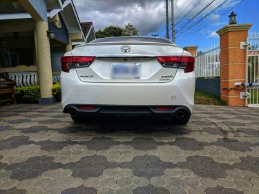 2013 Toyota Mark X For Rent