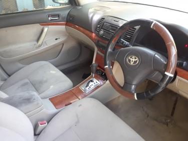 2005 Toyota Premio