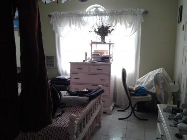 2 Bedroom Upstair 2 Downstair And Garage