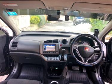 2009 Honda Stream 7 Seater