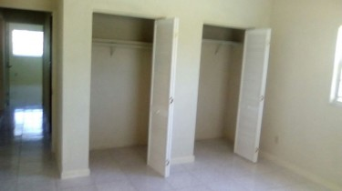 Spacious 2 Bedroom