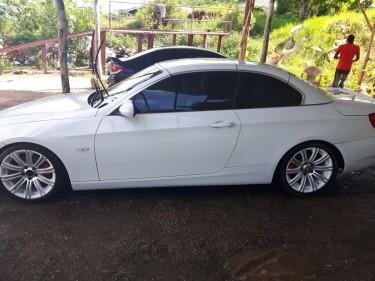 2010 BMW 325i CONVERTIBLE