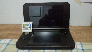 Nintendo 3DS XL & Sonic Lost World 3DS + Mario 2