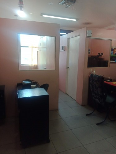 Private Room In HWT Hair Salon Available Shops Half Way Tree