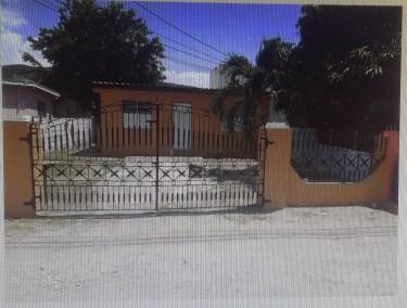 2 Bedroom House (235 Walkway 10, Braeton)