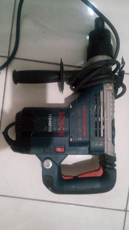 Use Bosch Rotary Hammer Drill