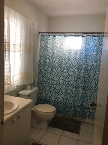 1 Bedroom Super Studio Apt-120-13 Merrivale Close)