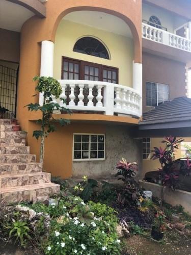 6 Bedroom House (91 Plantation Dr)