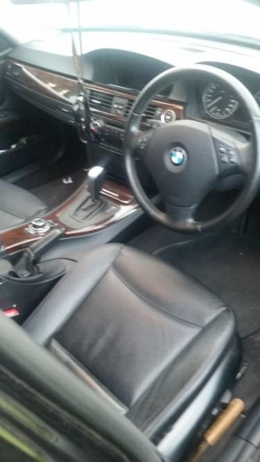 2012 BMW 320i Touring