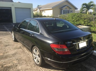 2008 Mercedes Benz C200 – $1,950,000 Negotiable