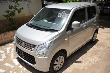Clearance$$ 2013 Suzuki Wagon R **LOW PRICE**