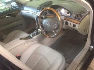 2004 MERCEDES BENZ E240