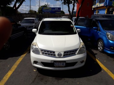 2009 Nissan Tiida