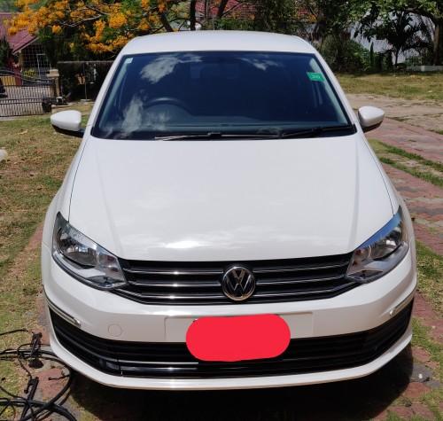 2017 VW Polo Sedan