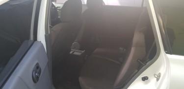 2012 Nissan AD Expert