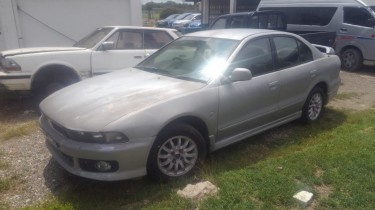 2005 Mitsubishi Gallant None Gdi
