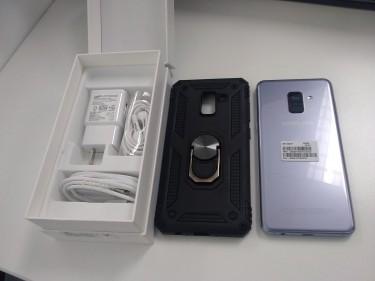 Samsung Galaxy A8 + Case + Screen Protector