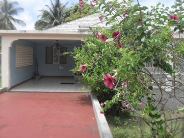 3 Bedroom 3 Bathroom (Junction St Elizabeth)