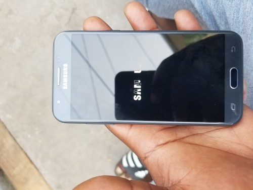 Samsung J3 Prime Well Clean No Fault