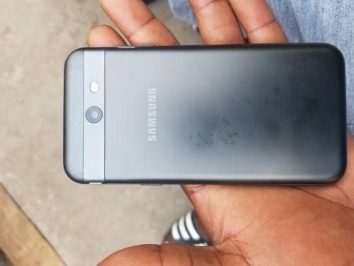 Samsung J3 Prime Well Clean 16gig