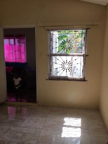 Unfurnished 1 Bedroom