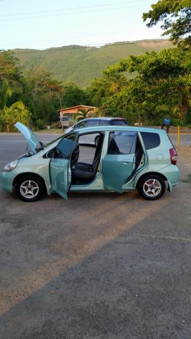 2003 Honda Fit