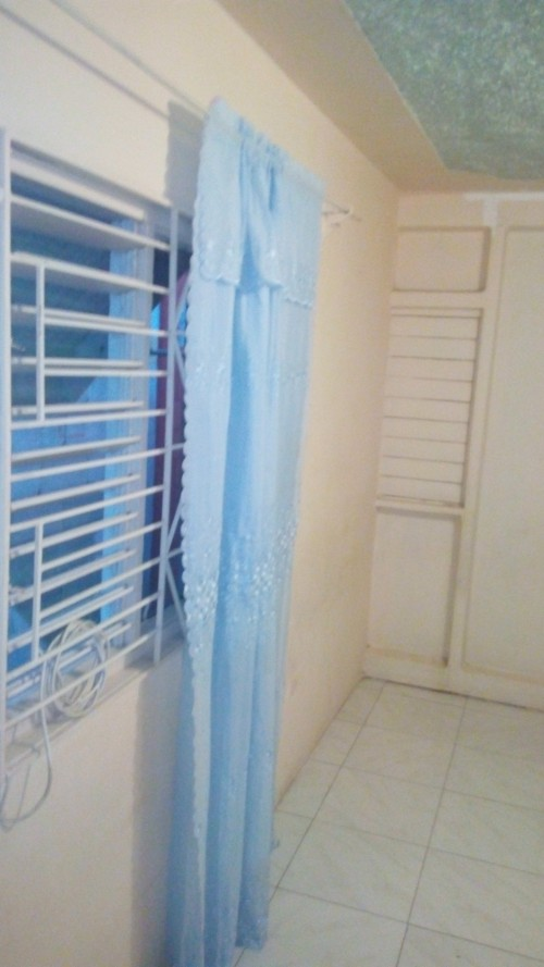 Furnished 1 Bedroom Share Bathroom & Kitchen