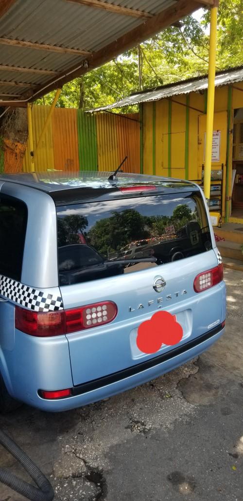 Nissan Lafesta 2007