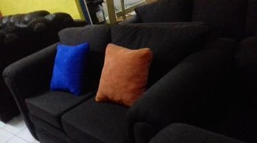 Beautiful Sofa Set For Sale