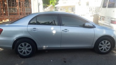 2011 Toyota Axio