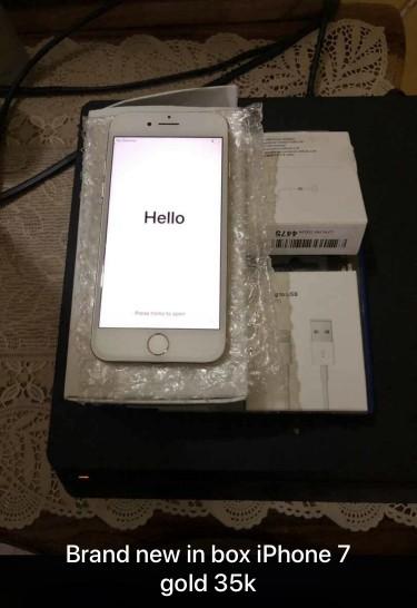 IPhone 7 Gold 32gb New Fully Unlocked