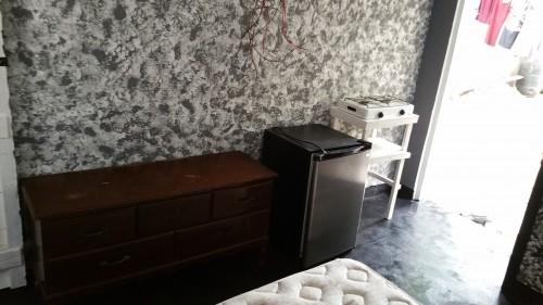 Small Furnished 1 Bedroom Studio, Single Female