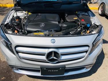 2015 Mercedes Benz GLA180 – 5.5m Negotiable