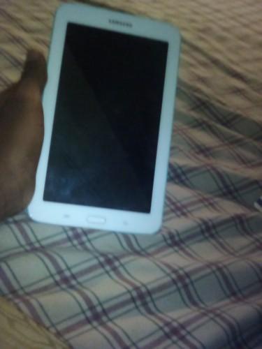 Samsung Galaxy Tab 3 Lite 7.0....7/10 Condition