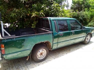 1993 Mitsubishi L200