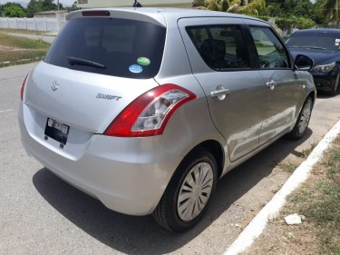 2016 Suzuki Swift – 1,750,000 Negotiable