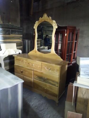 Pinewood Dresser