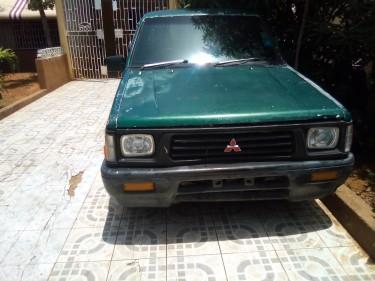 1995 Mitsubishi L200