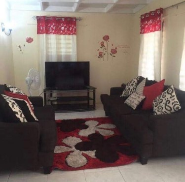 Shared STUDENT 1 Bedroom For Rent (FEMALES ONLY)