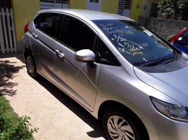 2015 Honda Fit  New Arrival (NEW YEAR SALE)