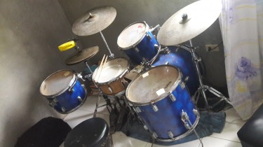 Drumset Forsale Comes With Double Pedal