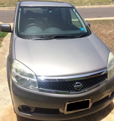 2012 Nissan Lafesta – $990,000 Negotiable