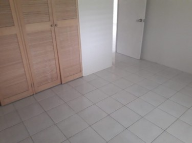 2 BEDROOM 1 BATHROOM UNFURNISHED HOUSE