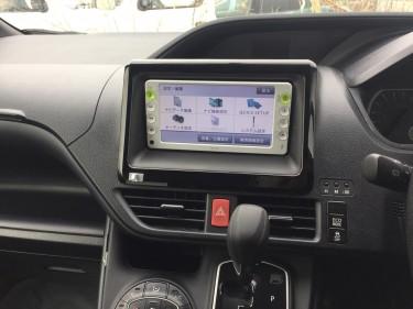 Toyota Voxy 2015